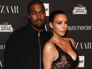 The couple Kim Kardashian – Kanye West live separately throughout the year